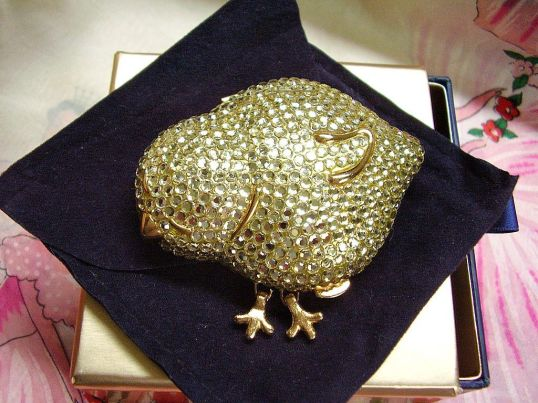 Estee Lauder Chick Compact1
